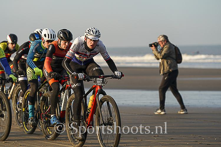 Beachrace Scheveningen op 29 november 2020