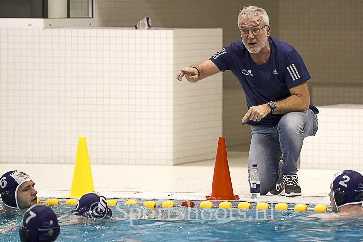Anton Heiden gaat uitdaging aan bij  Waterpolo Den Haag