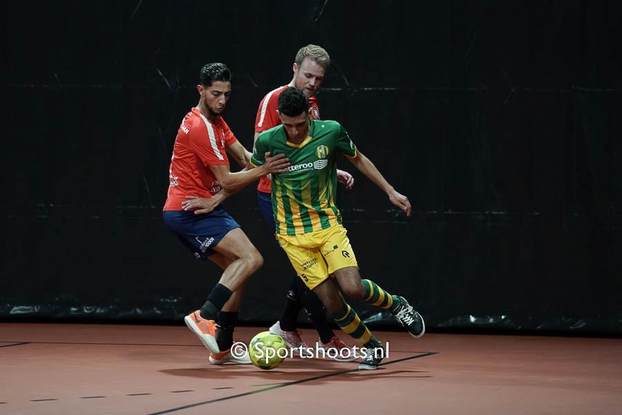 Haagse zaalvoetballers van ZVV Den Haag komen tekort