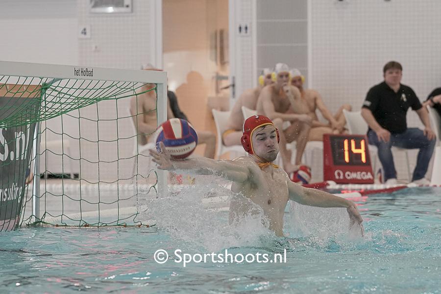 Verdiende winstpartij van Waterpolo Den Haag