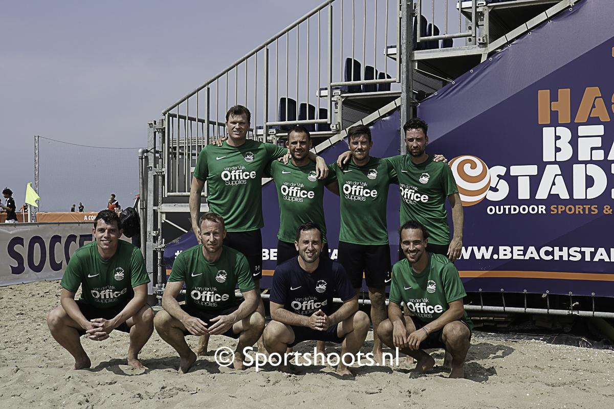 BS Scheveningen laat goed Beach Soccer voetbal zien